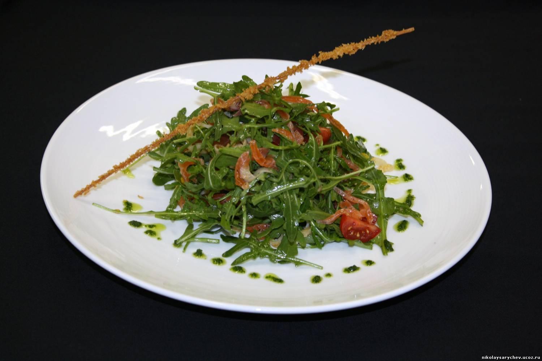 Салат с лососем слабосоленым рецепт пошагово